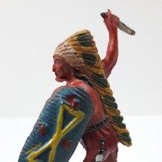Figuras de Goma y PVC: GUERRERO INDIO CON PUÑAL . REALIZADO POR PECH . ORIGINAL AÑOS 50 EN GOMA. Lote 242125290