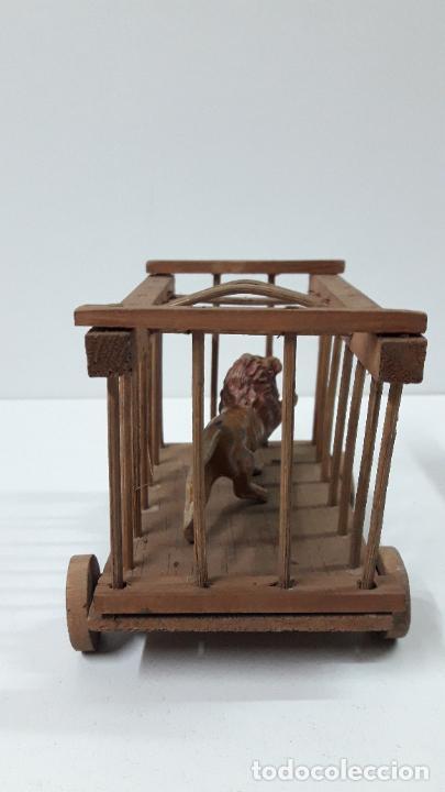 Figuras de Goma y PVC: CARRO - JAULA PARA FIERAS . REALIZADO POR TEIXIDO . SERIE MORCILLON Y BABALI . AÑOS 50 EN MADERA - Foto 9 - 242131945