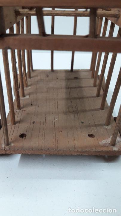 Figuras de Goma y PVC: CARRO - JAULA PARA FIERAS . REALIZADO POR TEIXIDO . SERIE MORCILLON Y BABALI . AÑOS 50 EN MADERA - Foto 19 - 242131945