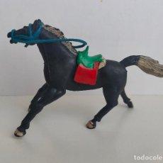 Figuras de Goma y PVC: CABALLO DE GOMA DE MARIANO SOTORRES, PARA VAQUERO. MONTURA DE ÉPOCA. AÑOS 50/60. Lote 242158540