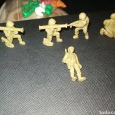 Figuras de Borracha e PVC: 5 SOLDADOS DUNKIN. Lote 242184025