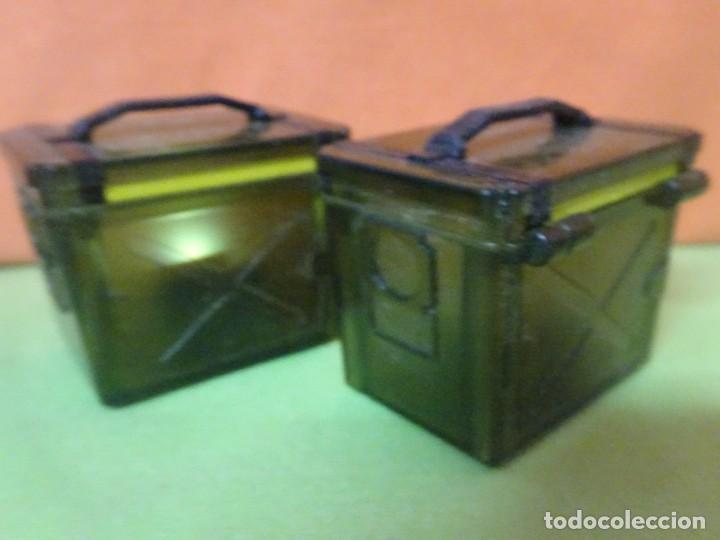 Figuras de Goma y PVC: LOTE 2 BAÚLES CON LUZ , VER FOTOS - Foto 3 - 242468485