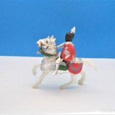 Figurines en Caoutchouc et PVC: ANTIGUA FIGURA EN PLÁSTICO DE REAMSA. SERIE CABALLEROS DEL REY ARTURO Y RICARDO CORAZÓN DE LEÓN.. Lote 243046150