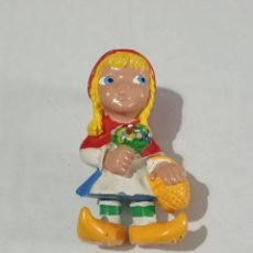 Figuras de Goma y PVC: CAPERUCITA ROJA. Lote 243292540