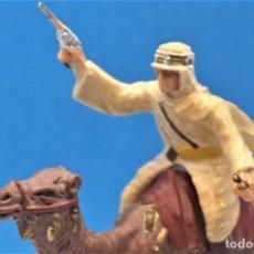 Figuras de Goma y PVC: ANTIGUAS FIGURAS EN PLÁSTICO DE REAMSA. SERIE LAWRENCE DE ARABIA. AÑOS 60. Lote 243471515