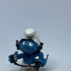 Figuras de Goma y PVC: PITUF0 WALKIEMAN - WALKIE- TALKIE SCHLEICH - PEYO. Lote 243662195