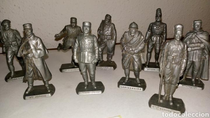 Figuras de Goma y PVC: Lote 13 oficiales soldados de guerra mokarex Francia alguno puede tener pqña falta - Foto 5 - 243681910