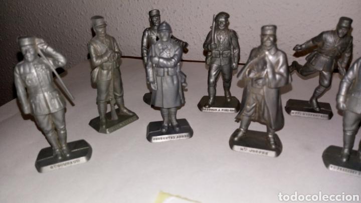 Figuras de Goma y PVC: Lote 13 oficiales soldados de guerra mokarex Francia alguno puede tener pqña falta - Foto 6 - 243681910