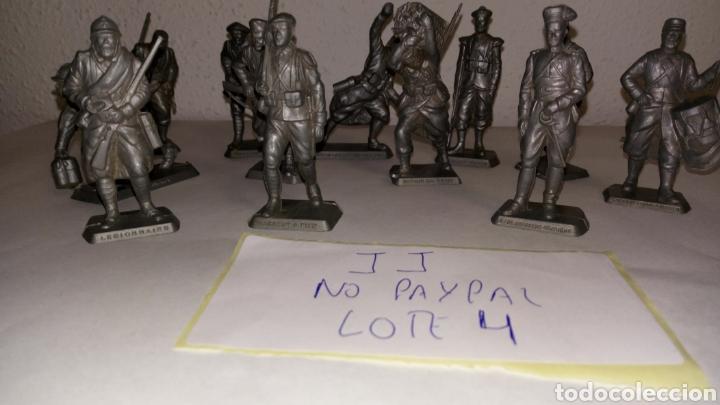 Figuras de Goma y PVC: Lote 12 soldado oficial mokarex Francia alguno puede tener pqña rotura - Foto 5 - 243682665