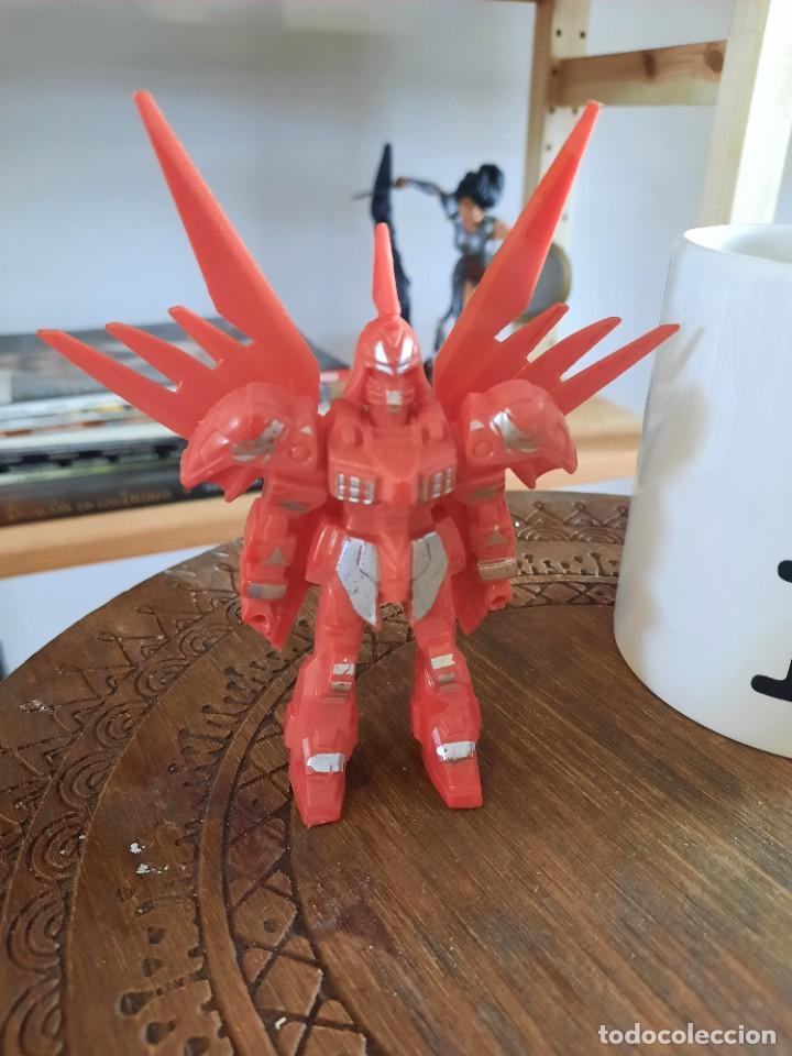 FIGURA ROBOT PLASTICO (Juguetes - Figuras de Goma y Pvc - Otras)