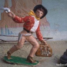 Figuras de Goma y PVC: VAQUERO DE COMANSI PIMERA EPOCA. Lote 243906340