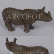 Figuras de Goma y PVC: FIGURA DE RINOCERONTE - SCHLEICH - EL DE LAS FOTOS. Lote 244450965