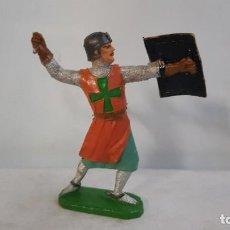 Figuras de Borracha e PVC: GUERRERO MEDIEVAL CRUZADO CON FALTA SERIE FIGURAS HISTORICAS DE COMANSI. Lote 244615945