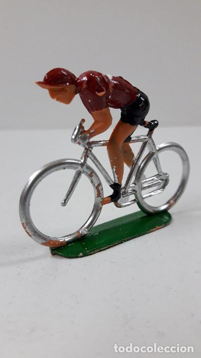 Figuras de Goma y PVC: CICLISTA . REALIZADO POR M. SOTORRES . ORIGINAL AÑOS 60 - Foto 2 - 244885910