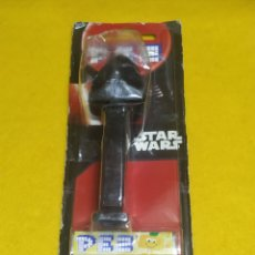 Dispensador Pez: DISPENSADOR PEZ STAR WARS DARK VADER NUEVO. Lote 245230670