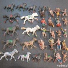 Figuras de Goma y PVC: INDIOS VAQUEROS CABALLOS-LOTE DE MUCHAS FIGURAS MUÑECOS ESTILO COMANSI-VER FOTOS-(K-2000). Lote 245271980