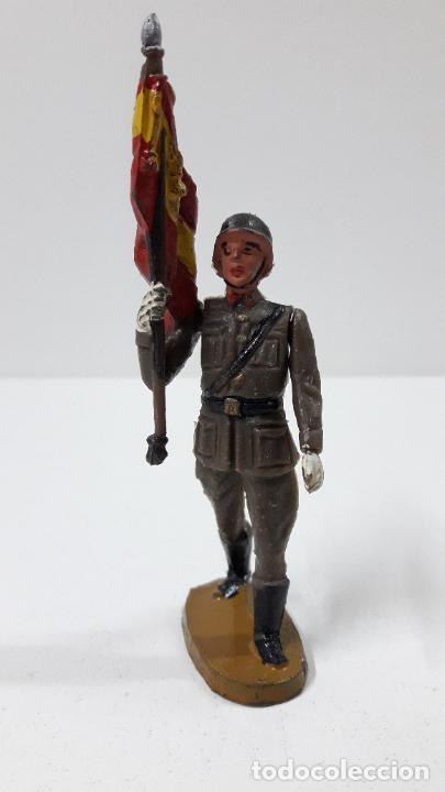 Figuras de Goma y PVC: OFICIAL Y SOLDADOS EN DESFILE . REALIZADOS POR TEIXIDO . ORIGINAL AÑOS 60 - Foto 6 - 245709725