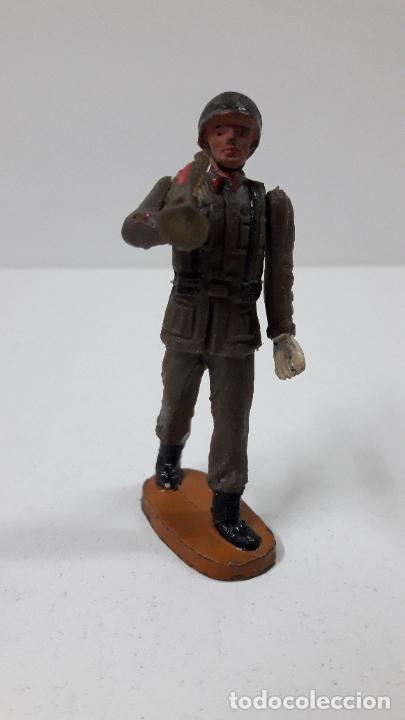 Figuras de Goma y PVC: OFICIAL Y SOLDADOS EN DESFILE . REALIZADOS POR TEIXIDO . ORIGINAL AÑOS 60 - Foto 9 - 245709725