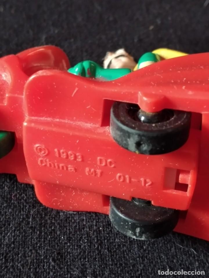 Figuras de Goma y PVC: robin en su moto de batman 1993 - Foto 4 - 245752695