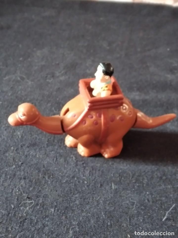 Figuras de Goma y PVC: Figura pedro pica piedra en su dinosaurio,con movimiento.u.c.s. pvc - Foto 5 - 245754240