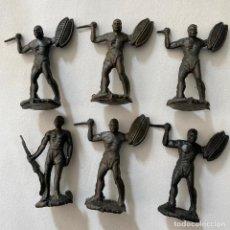 Figuras de Goma y PVC: MUÑECOS-FIGURAS NEGRO DEL SAFARI ÁFRICA DE MAIRZA O MONTAPLEX AÑOS 60 SOLDADOS-GUERREROS. Lote 245781765