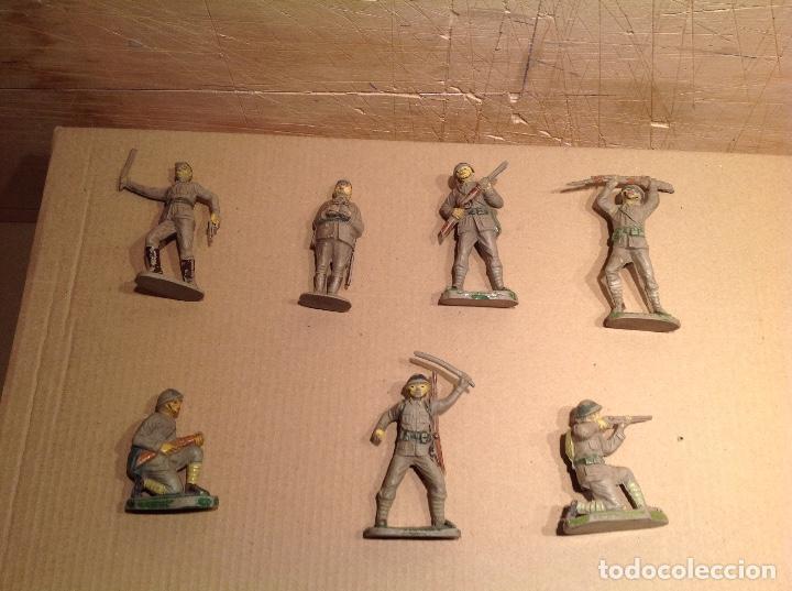 Figuras de Goma y PVC: 7 figuras infantería japonesa de goma .Jecsan - Foto 6 - 245999350