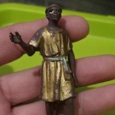 Figuras de Goma y PVC: ROMANO NEGRO CREO ESCLAVO FIGVRA PLASTICO 8,5 CMS ALTO PINTADA MANO ORIGINAL VINTAGE. Lote 246157770