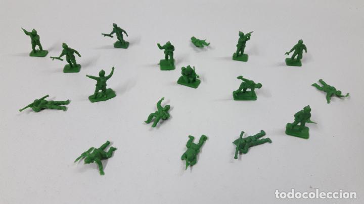 Figuras de Goma y PVC: LOTE DE SOLDADITOS MONTAPLEX . AMERICANOS . AÑOS 70 / 80 - Foto 2 - 246323210