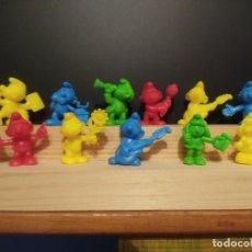 Figuras de Goma y PVC: DUNKIN LOTE DE PITUFOS PANRICO DE LOS 4 COLORES QUE SALIERON. Lote 247582285
