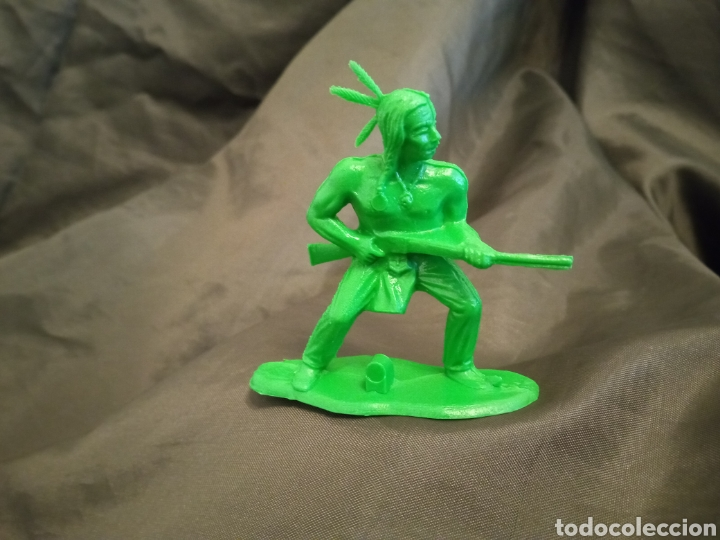 INDIO CON RIFLE VERDE MONOCOLOR REAMSA GOMARSA SOLDIS EN PLASTICO LITTLE BIG HORNE (Juguetes - Figuras de Goma y Pvc - Reamsa y Gomarsa)