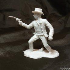 Figuras de Goma y PVC: PISTOLERO BLANCO REAMSA GOMARSA SOLDIS EN PLASTICO LITTLE BIG HORNE. Lote 247665775