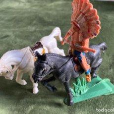 Figuras de Goma y PVC: ANTIGUAS FIGURAS INDIO Y CABALLOS JECSAN. Lote 247683100