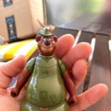 Figuras de Goma y PVC: FIGURA O MUÑECO GOMA PVC - PERSONAJE DE ROBIN HOOD - LITTLE JOHN DE DISNEY. Lote 247718070