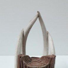 Figuras de Goma y PVC: TRONO AFRICANO . REALIZADO POR ARCLA . ORIGINAL AÑOS 50 EN GOMA. Lote 247755790