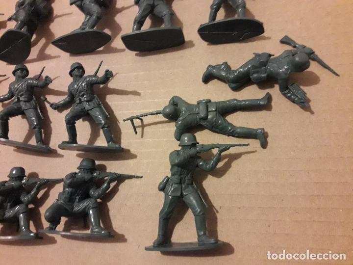 Figuras de Goma y PVC: Lote 14 soldados alemanes, comansi, novolinea , jecsan . - Foto 2 - 248621620