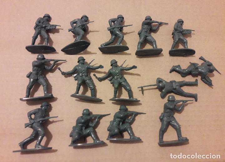 LOTE 14 SOLDADOS ALEMANES, COMANSI, NOVOLINEA , JECSAN . (Juguetes - Figuras de Goma y Pvc - Comansi y Novolinea)
