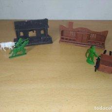 Figuras de Goma y PVC: ANTIGUOS EDIFICIOS MONTAPLEX STATION Y RANCHO DE LA PRADERA. Lote 248726045