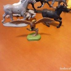 Figuras de Goma y PVC: AGUILA BRITAINS 1971. Lote 249063345