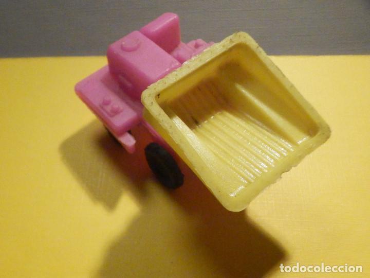 Figuras de Goma y PVC: Máquina Plástico - Pala Transporte y movimiento Tierra y minas - Kiosko 60´s 70´s - Foto 2 - 249275425