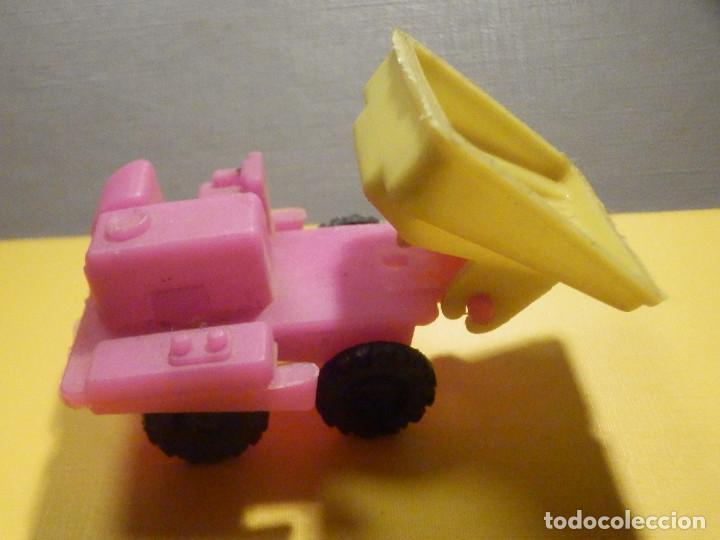 Figuras de Goma y PVC: Máquina Plástico - Pala Transporte y movimiento Tierra y minas - Kiosko 60´s 70´s - Foto 3 - 249275425