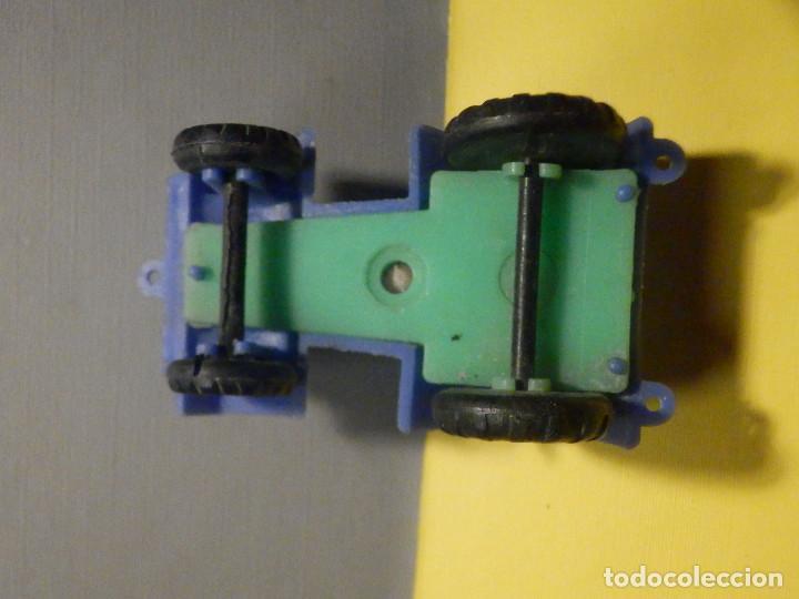 Figuras de Goma y PVC: Máquina Plástico - Tractor - Kiosko 60´s 70´s - Foto 3 - 249276755