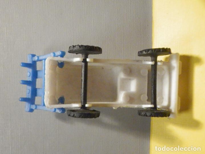 Figuras de Goma y PVC: Máquina Plástico - Tractor arado - Kiosko 60´s 70´s - Foto 4 - 249278670