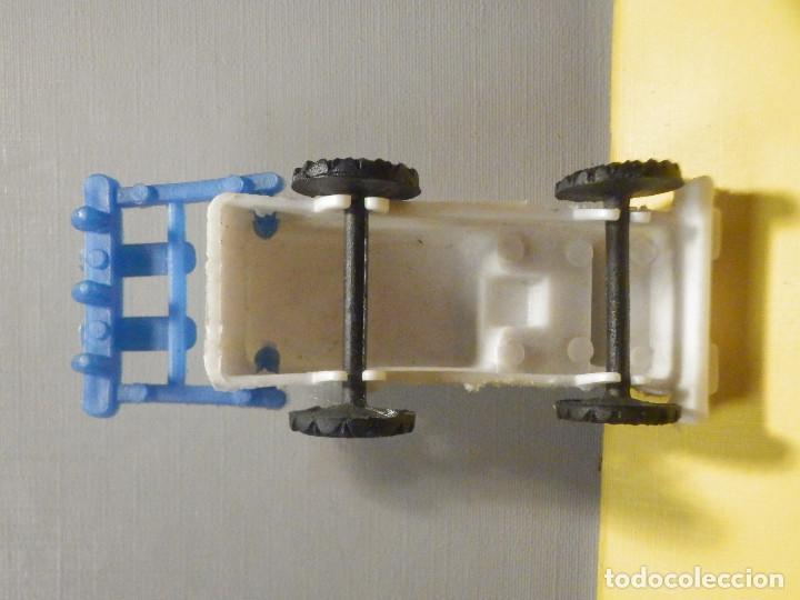 Figuras de Goma y PVC: Máquina Plástico - Tractor arado - Kiosko 60´s 70´s - Foto 5 - 249278670