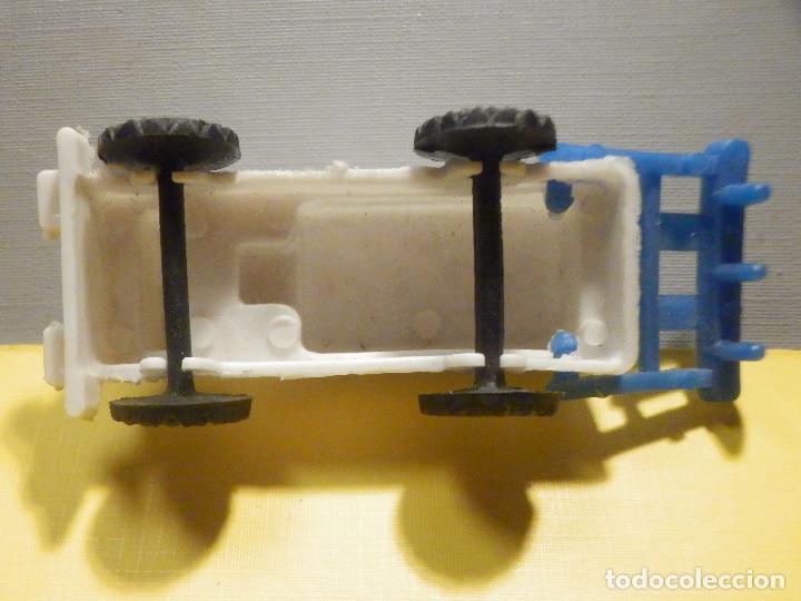 Figuras de Goma y PVC: Máquina Plástico - Tractor arado - Kiosko 60´s 70´s - Foto 6 - 249278670