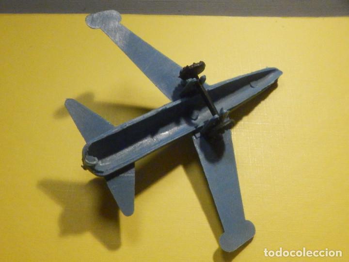 Figuras de Goma y PVC: Avión de plástico - Azul con ruedas - Kiosco - 60´s 70´s - Foto 2 - 249302510