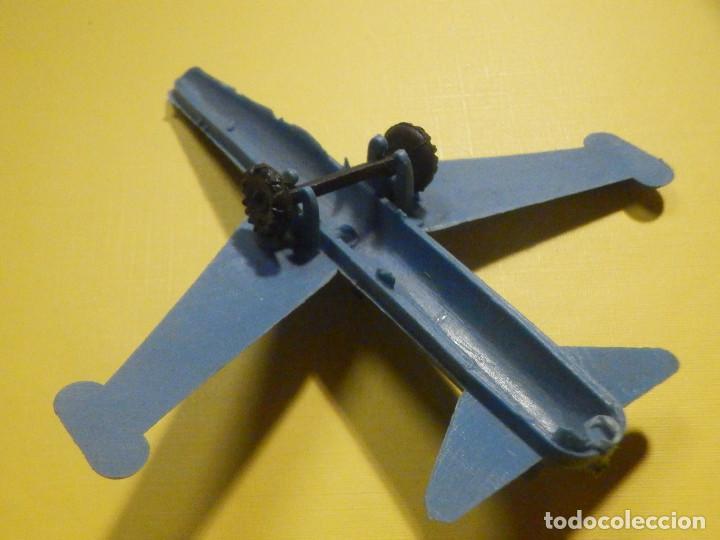 Figuras de Goma y PVC: Avión de plástico - Azul con ruedas - Kiosco - 60´s 70´s - Foto 3 - 249302510