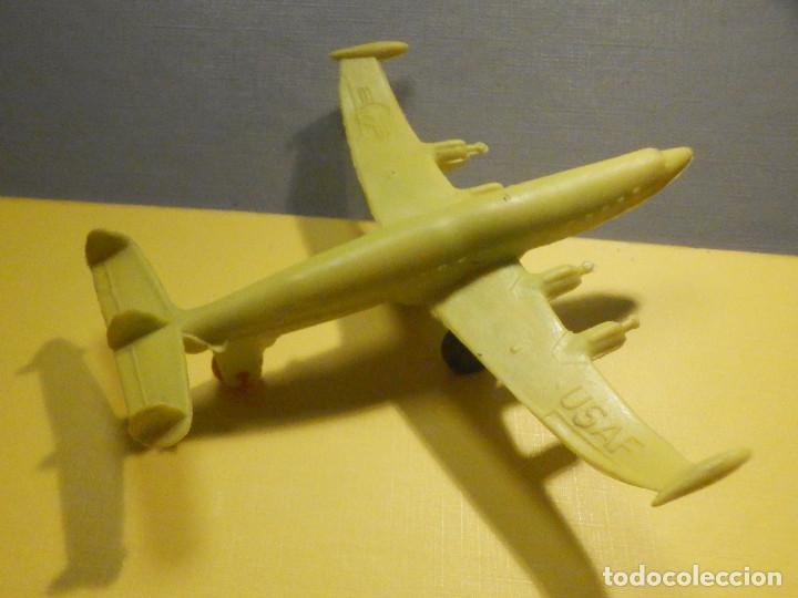 AVIÓN DE PLÁSTICO - USAF - SUPER CONSTELLATION, MADE IN WEST GERMANY CON RUEDAS - KIOSCO - 60´S 70´S (Juguetes - Figuras de Goma y Pvc - Pipero)