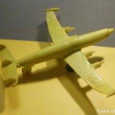 Figuras de Goma y PVC: AVIÓN DE PLÁSTICO - USAF - SUPER CONSTELLATION, MADE IN WEST GERMANY CON RUEDAS - KIOSCO - 60´S 70´S. Lote 249303000
