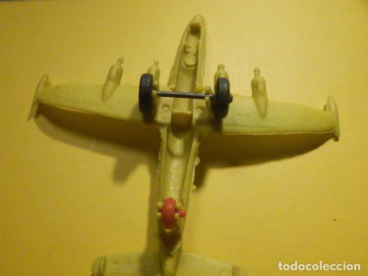 Figuras de Goma y PVC: Avión de plástico - USAF - Super Constellation, Made in West Germany con ruedas - Kiosco - 60´s 70´s - Foto 4 - 249303000