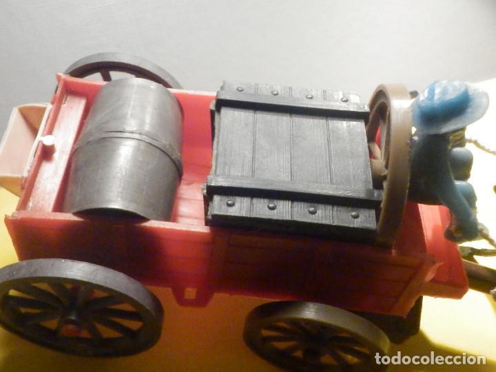 Figuras de Goma y PVC: Bonito Carro, Carromato ó carreta en plástico - Oeste - 2 Caballos - C/ accesorios muy completa - Foto 5 - 275479623